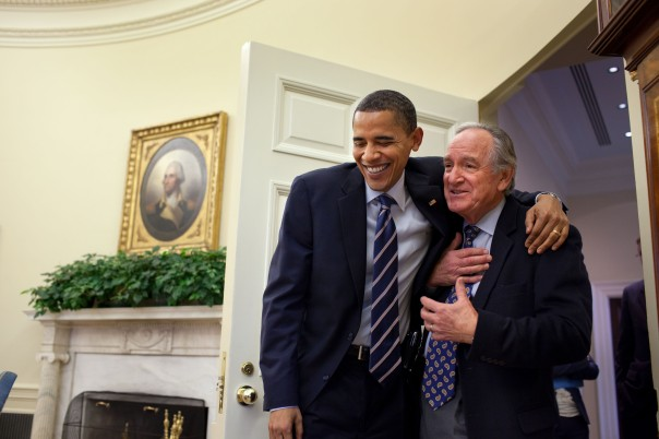 Obama_greets_Harkin_the_day_after_healthcare_bill_passed
